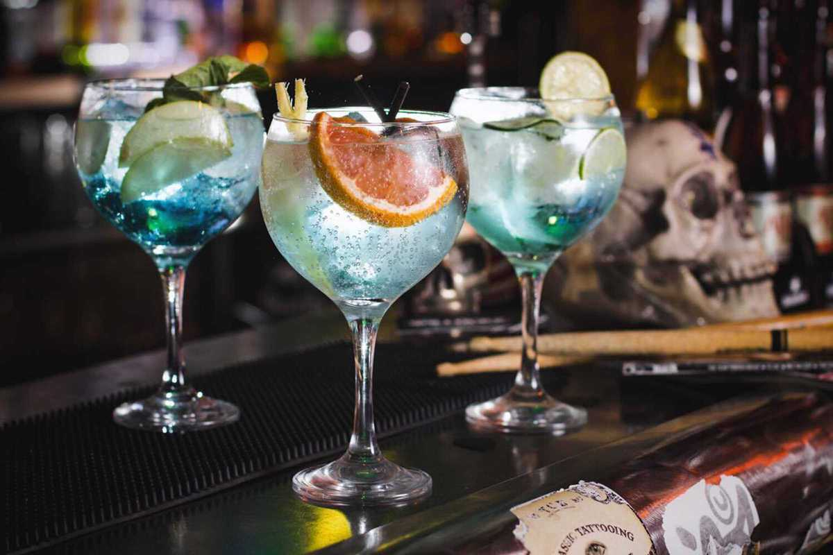 bollocks rock bar cocktails
