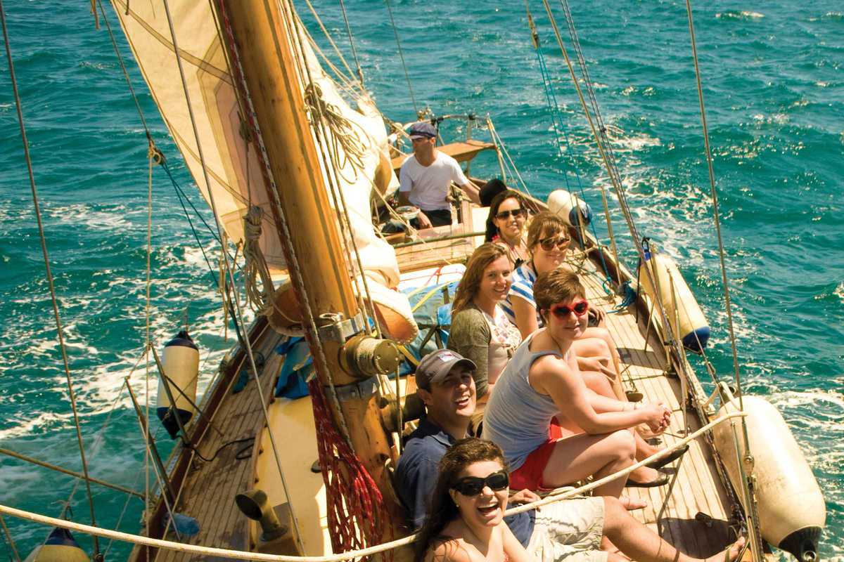 classic sail gemini