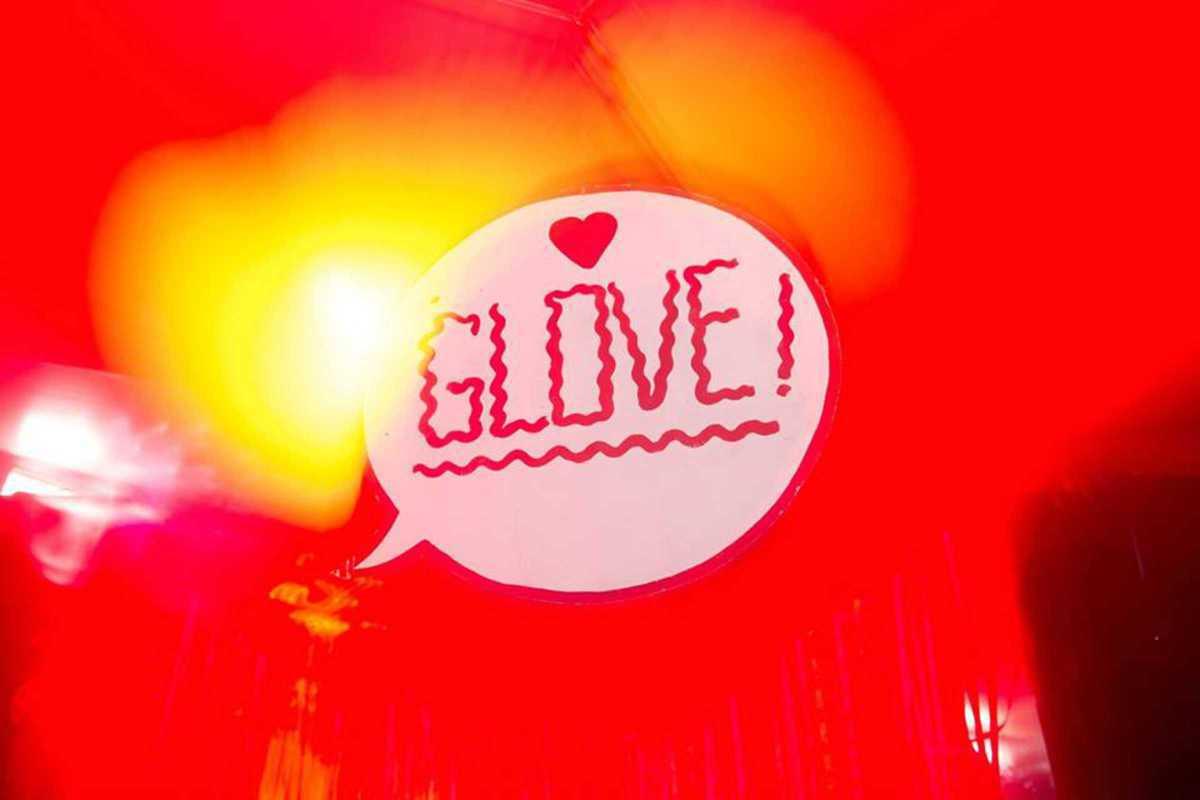 glove 2016