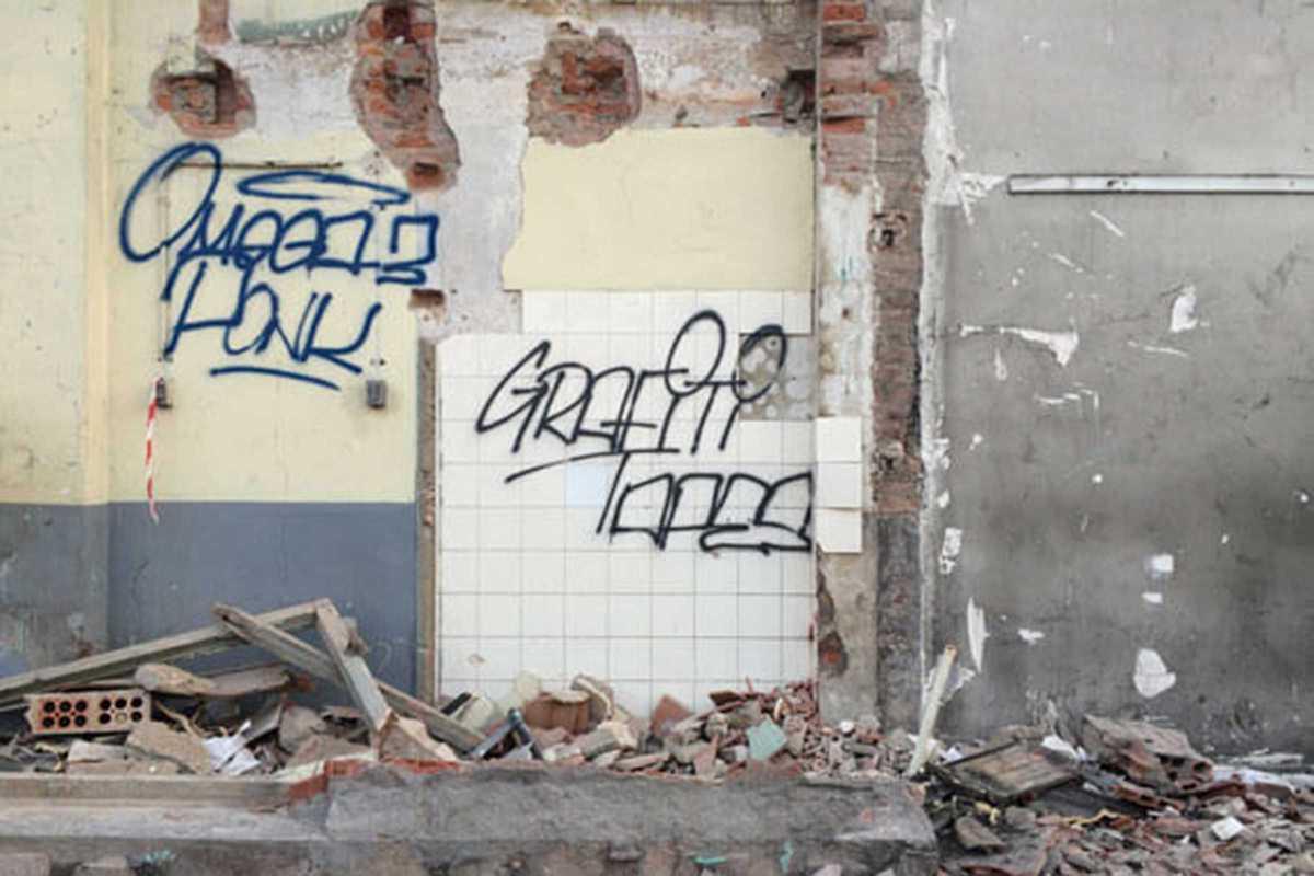 graffiti tapes