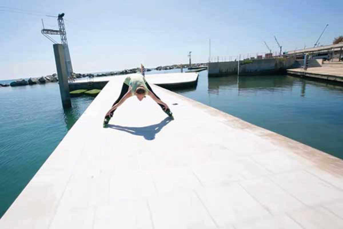 inline skates yoga