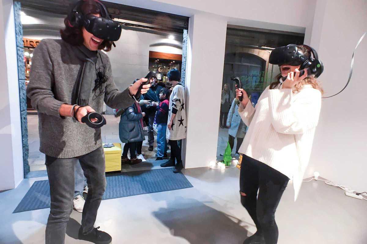 virtual playground@2x