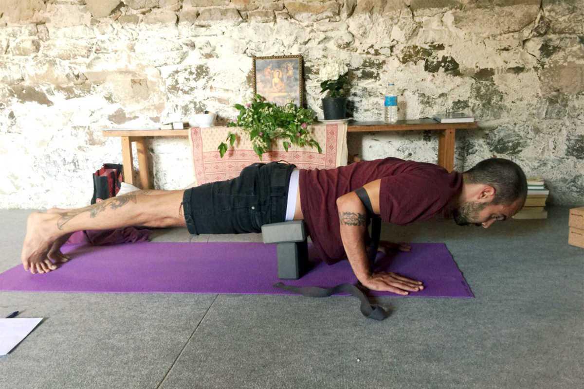 yoga-plank